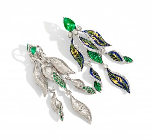 earrings diamond emerald green luxury