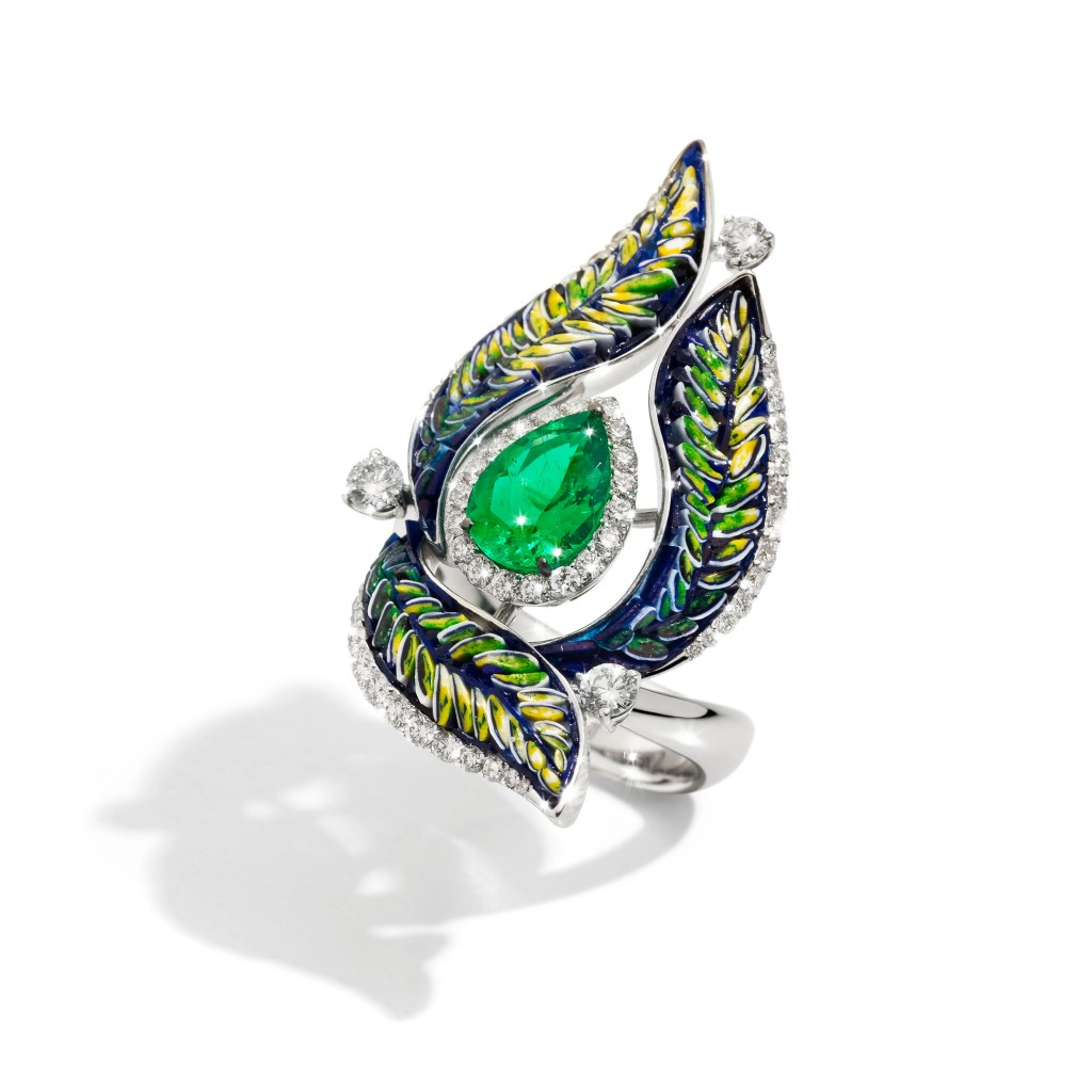 ring green mosaic diamond luxury