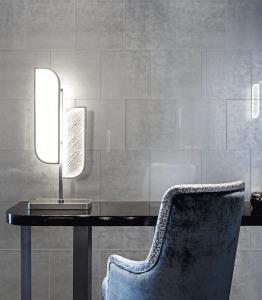 Eris Grey Tile AMB1 R